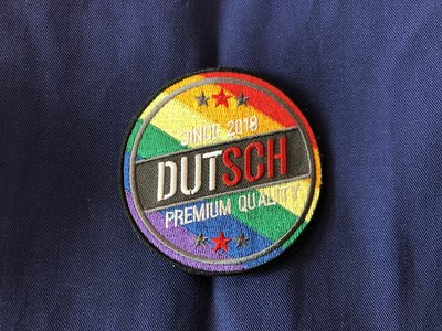 Dutsch Color Badge